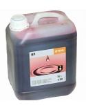 Olej do silników dwusuwowych STIHL HP 1 l butelka z dozownikiem (na 50 l paliwa)