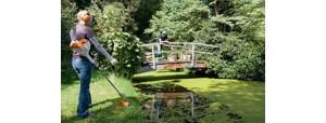 Kosy spalinowe do pielęgnacji powierzchni zielonych wokół domu i w ogrodzie