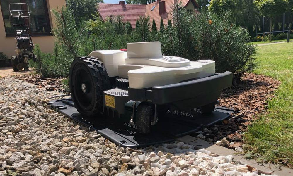 Kosiarka robot Ambrogio - Centrum Wrocław